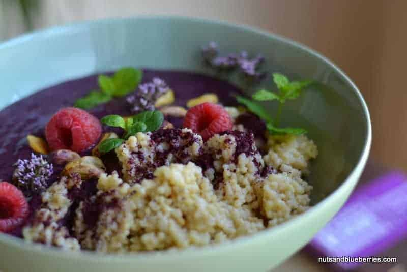 Vanilla millet porridge with blueberry icecream