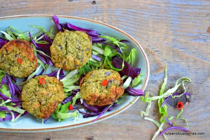 Baked broccoli patties with guacamole
