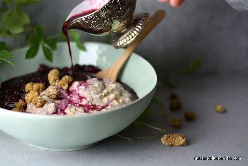 Vanilla Porridge with hot berry sauce