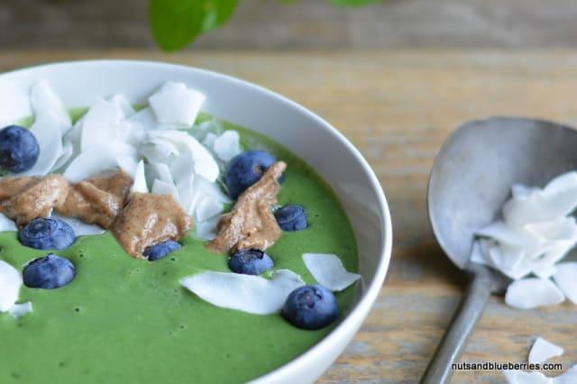 Green Antioxidant Smoothie Bowl nab (1)