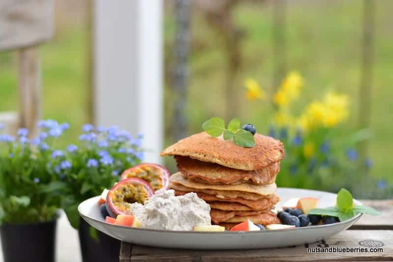 Apple Protein Pancakes with Cashew Creme
