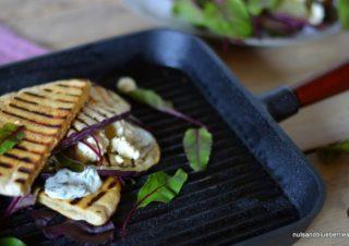 Eggplant-Feta-Sandwich with Parsley Mayonaise
